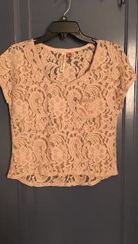 Brand New Caramel Flower Laced Shirt Pittsburgh