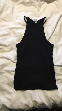 efd8aa331be Used Guess halter top for sale in Niagara Falls - letgo