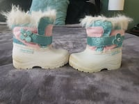 Girls winter boots Size 4 Milton, L9T 8B8