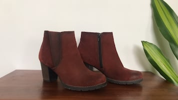 Clark's suede ankle boot