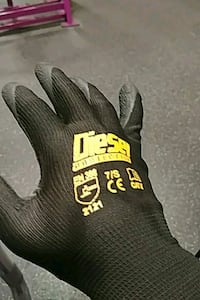 unpaired black and yellow Diesel-printed glove Ontario, 91761