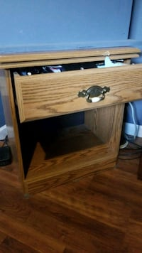 Single drawer stand Poplar Grove