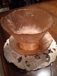 Two piece cut glass peachy   pink fruit  bowl and tray Mississauga, L5L 2S5