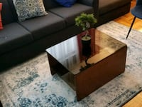 Solid coffee table  539 km
