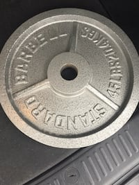7' Olympic Bar/w 2 45 lbs Olympic plates!!!