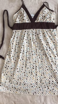 Dress xs Port Coquitlam, V3C 3C9