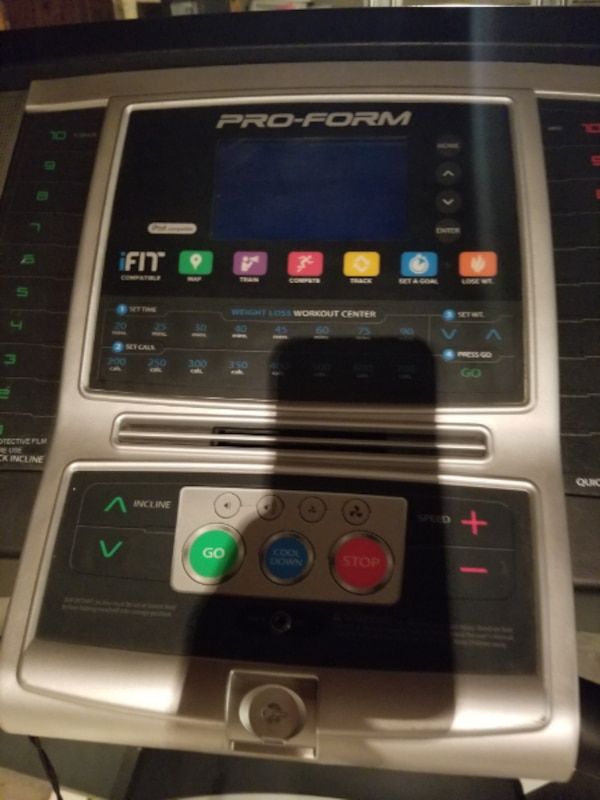 Proform 520zn Treadmill with ifit compatibility