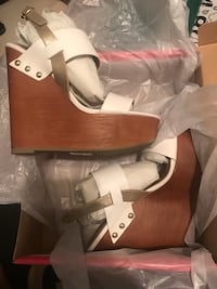 Wedge white sandal  District Heights, 20747