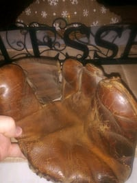 1950 MW Playmaker 3 finger baseball glove