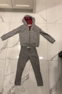 Lacoste set for girls size 4 Laval, H7W 3S3