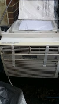 10k new Frigidaire airconditioner with wings and r Monrovia, 21770