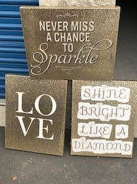Beautiful gold glitter and white pictures