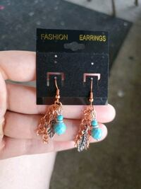 Earrings  Indianapolis, 46201