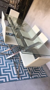 Glass Chrome Table & Chairs West Hollywood, 90069