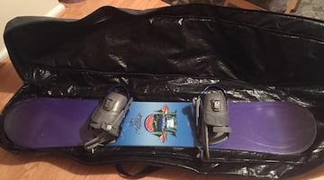 Women's Snowboard 142 cm, boots and board bag