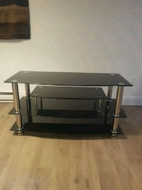 black glass-top TV stand Laval, H7S