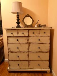Gorgeous, Solid Wood Chest of Drawers
