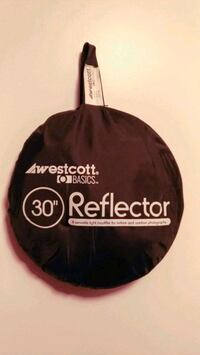 Brand new 5 in 1 (30'') Reflector.