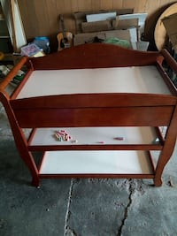 Cherry wood changing table with drawer Indianapolis, 46218