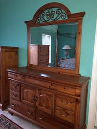 brown wooden dresser with mirror Fort Washington, 20744
