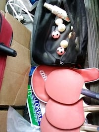 OLD PING PONG COMPLETE SET WITH BALLS AND NIKE BAG