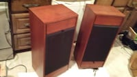 Vintage speakers - real good ones North Saanich, V8L 4B4