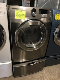 Samsung Front Load Steam Dryer with pedestal, in perfect condition  Baltimore, 21223