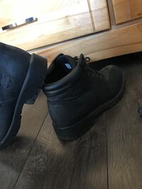 Timberland boots / shoes Whitby, L1M 2B9