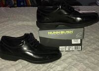 Pair of black leather dress shoes Brandon, 33511