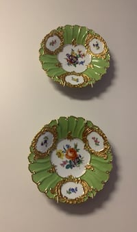 Decorative gold plated plates