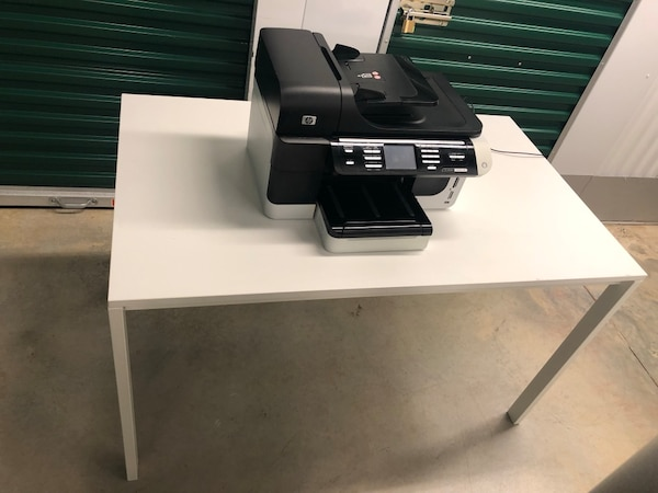 Office table and FREE HP printer  8d6ab4c8-2e48-48ad-82e3-20158537b863