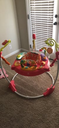 Baby's pink and white jumperoo Georgetown, 78626