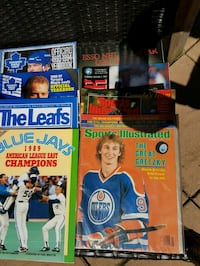 LOT - OLD SPORTS MAGS. PROGRAMMES Newmarket, L3Y 3R4