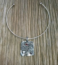 silver and black pendant necklace Barrie, L4N 8N2