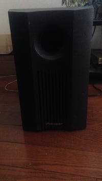 Pioneer  suround sound subwoofer for sure Kamloops, V2B