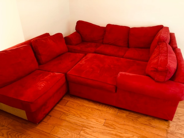 Red Right Chaise 3 Piece Sectional w/ Sleeper 3d61546c-a5a0-4049-9b17-a4fd532a7d1a