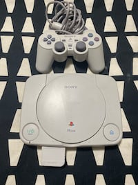 Playstation PS1 System with Controller Brantford, N3R 2E3