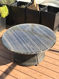 Round Outdoor patio coffee table - wicker Vancouver, V6H 1B7