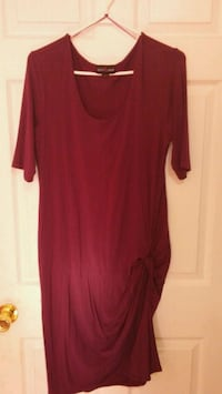 Purple thyme maternity dress for sale. Windsor, N9C 3P3
