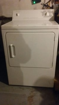 white front-load clothes dryer Ottawa, K1R 7N9