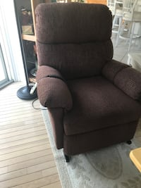 Electric recliner slightly used Lavallette, 08735