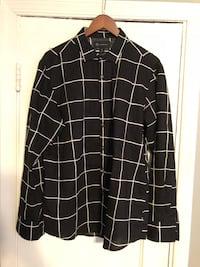 Black & white button down Large 46 km