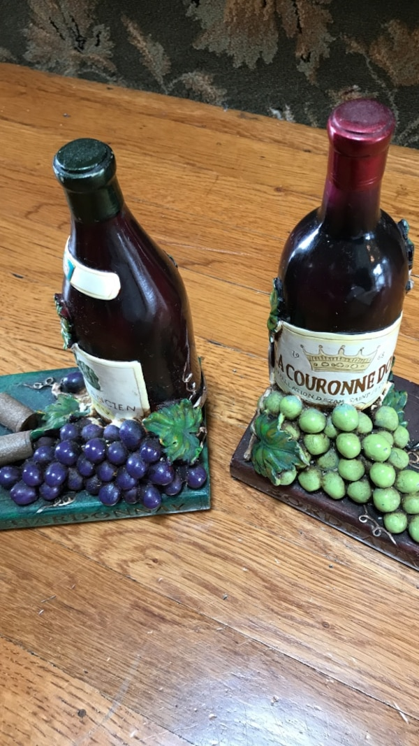 Vintage wine bookends perfect for recipe books