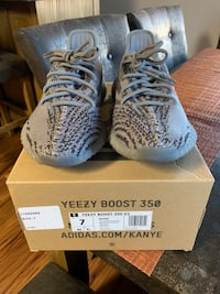 "1bdc90e0c94 Used Yeezy Boost 350 V2 ""Baluga"" size 7 for sale in Oakhurst - letgo"