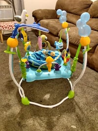 BABY DISNEY PLAY BOUNCER
