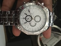 round silver chronograph watch with link bracelet Phoenix, 85021