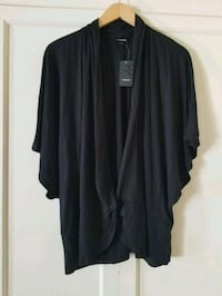 Plus size Black wrap top Long Beach, 90802