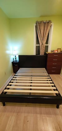 Queen Size Bed Frame & Headstand  Union City, 07087