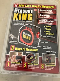 The best tape measure in the world 3 in 1. New in box Lowellville, 44436