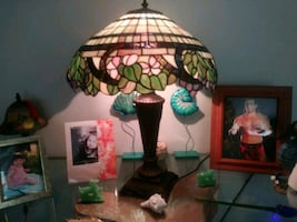 Price Drop.Old Tiffany STYLE Lamp